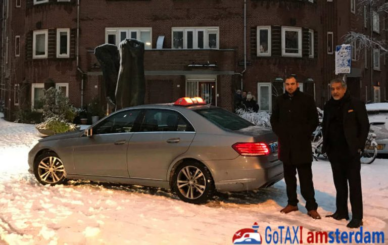 Gotaxi Amsterdam Mercedes Sedan Taxi and team